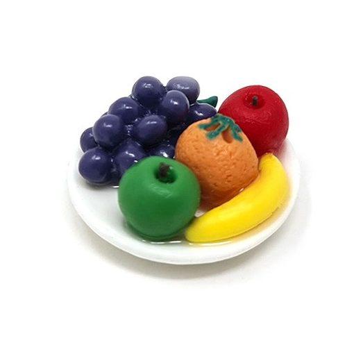 Gyümölcsök tányéron