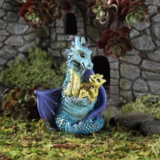Mama sárkány picivel